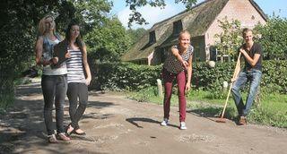 Klootschieten Op Buitengoed Fredeshiem Steenwijk De Bult
