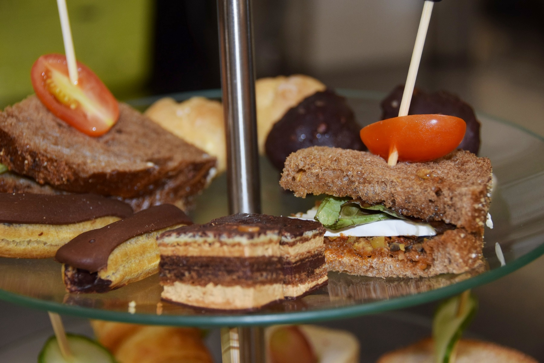 High Tea Steenwijk Op Buitengoed Fredeshiem